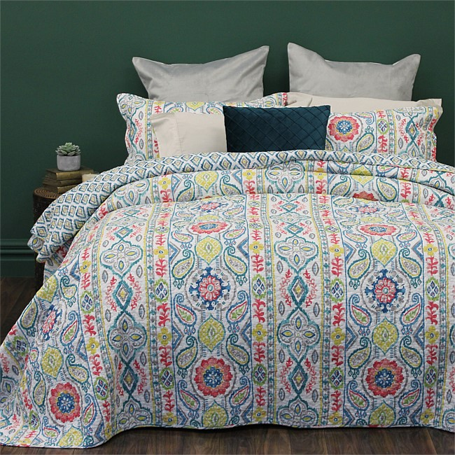 Design Republique Charlotte Patterned Coverlet