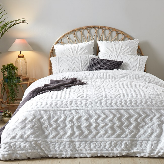 Design Republique Sophia Tufted Duvet Cover Set