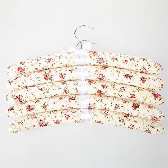 Home Essentials Padded Hangers 5Pk Bunch O' Flowers