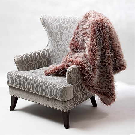 Design Republique Makayla Two Toned Throw Rosewood