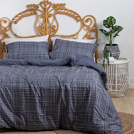 Home Co. Lines Comforter Set Blue