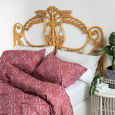 Home Co. Triangle Comforter Set Dark Pink