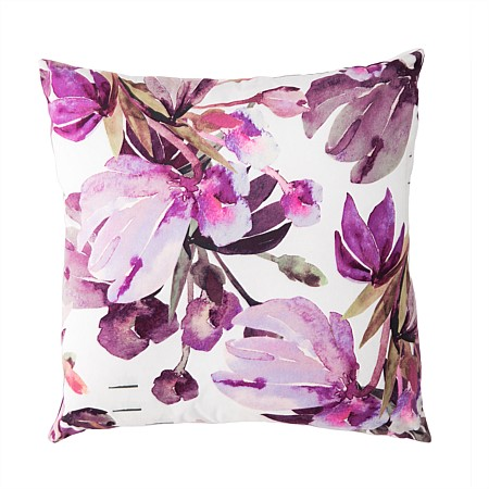 Home Chic Oliver Flower Cushion