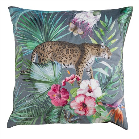 Design Republique Lara Tiger Cushion