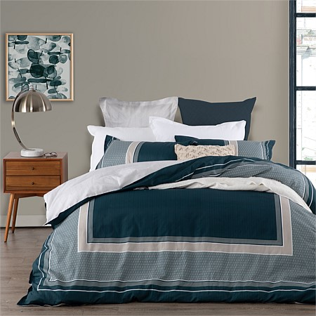 Logan & Mason Pomeroy 60% Cotton & 40% Polyester Duvet Cover