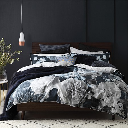 Logan & Mason Tess Duvet Cover Set