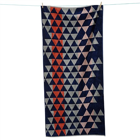 Seaside Supplies Velour Towel Repeat Triangles