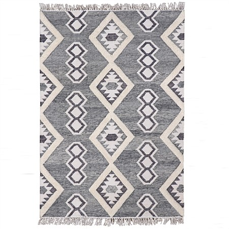 Design Republique Cyrus Handwoven Tuffed Rug