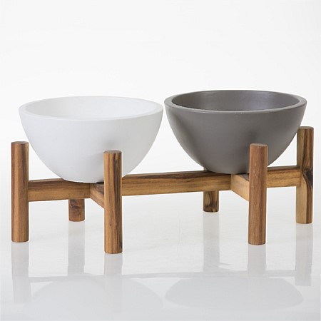 Design Repubique Pot On Wooden Legs